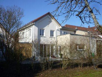 Weingarten-Zentrum Charmantes Einfamilienhaus am Schlossgarten, 88250 Weingarten, Einfamilienhaus
