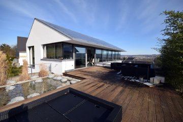 Traumhafte Aussicht – hervorragende Ausstattung – EFH in bevorzugter Wohnlage, 88276 Berg, Einfamilienhaus
