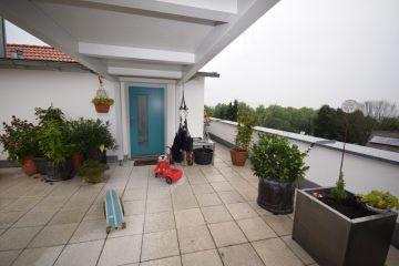 Schicke Penthousewohnung mit Dachterrasse in bevorzuger Lage von Ravensburg, 88212 Ravensburg, Dachgeschosswohnung