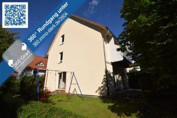 Große Doppelhaushälfte in familienfreundlicher Wohnlage von Weingarten, 88250 Weingarten, Haus