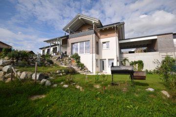 Eindrucksvolles Familiendomizil – Neuwertiges Einfamilienhaus in sonniger Wohnlage von Grünkraut, 88287 Grünkraut, Einfamilienhaus