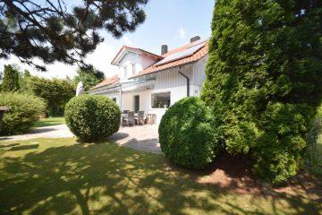 Familiendomizil in Ravensburg – Schmalegg – Charmantes Einfamilienhaus in kinderfreundlicher Wohnlage, 88213 Ravensburg, Einfamilienhaus