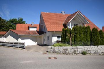 Attraktives Familiendomizil in bevorzugter Wohnlage von Vogt, 88267 Vogt, Einfamilienhaus