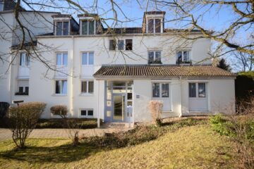 Sofort beziehbar! Ravensburg – Weststadt – Gut geschnittene 2-Zimmer-Wohnung, 88213 Ravensburg, Dachgeschosswohnung