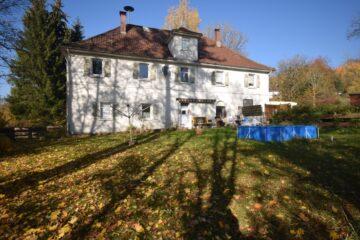 Renovierungsbedürftiges 3-Familienhaus in Ravensburg, 88212 Ravenbsurg, Mehrfamilienhaus