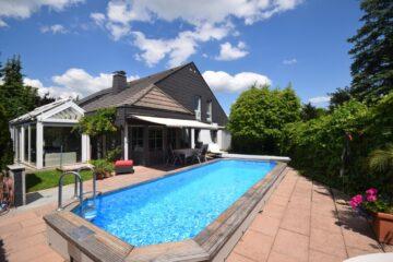 Ravensburg – Weststadt – Komfortables EFH mit Pool in kinderfreundlicher Wohnlage, 88213 Ravensburg, Einfamilienhaus