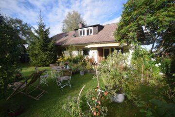 Idyllische Wohnlage von Waldburg – 3-Familienhaus mit weitläufigem Gartengrundstück, 88289 Waldburg, Mehrfamilienhaus